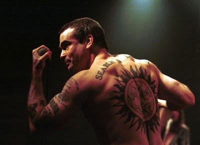 Zakaj verjeti tetoviranemu zmešancu?