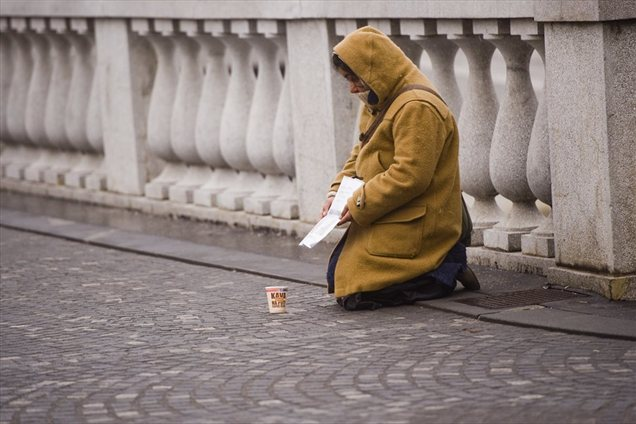 Revna dežela revnih ljudi ali revščina v Sloveniji